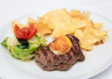 Restaurante Torres Famalicão, bife na caçarola à Portuguesa